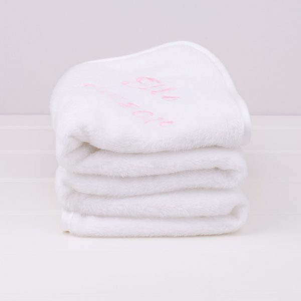 White baby's fleece blanket embroidered in pink with the name Ella
