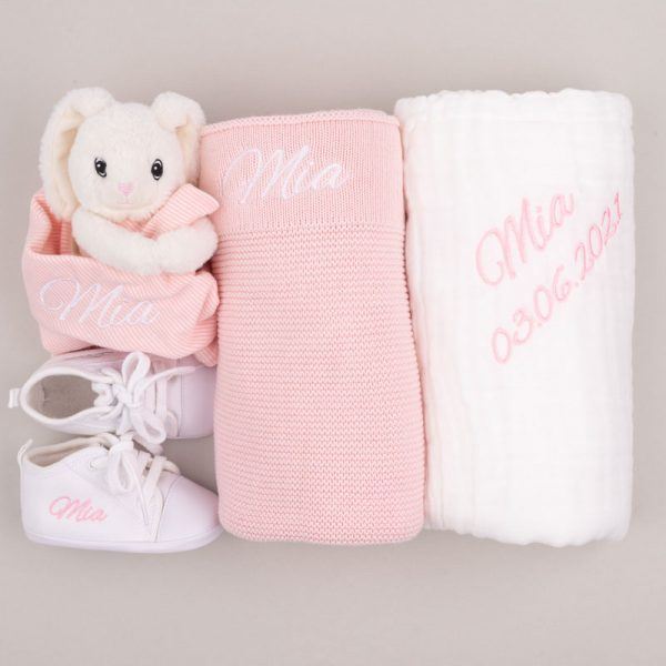 4-piece Pink Knitted Blanket Girl's Baby Gift Box