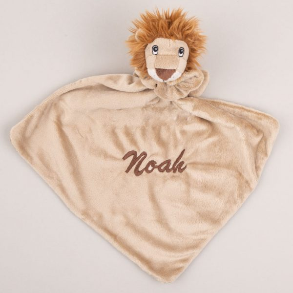 Light brown lion baby comforter personalised with the baby name Noah