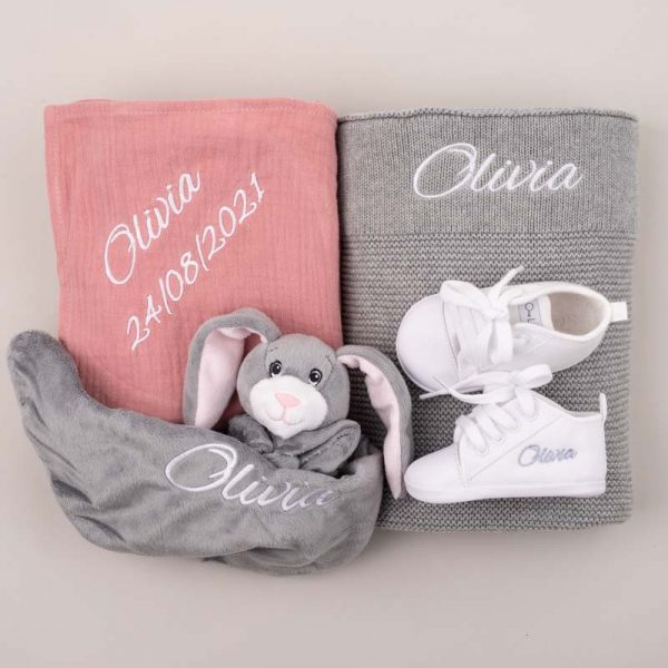 4-piece Grey Knitted Blanket Girl Baby Gift Box